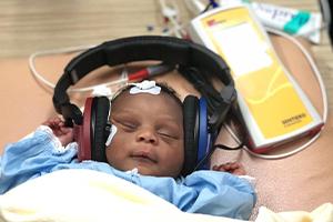 Hearing Healthcare Services in Bangladesch und Côte-d'Ivoire