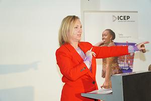 Steigern für den guten Zweck bei der 19. ICEP Charity Kunstauktion